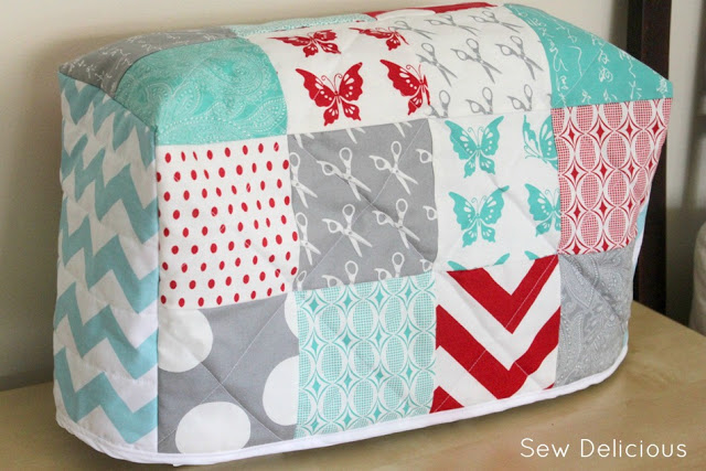 Free Quilted Paperback Book Cover Pattern : Quilted sewing machine cover tutorial sew delicious