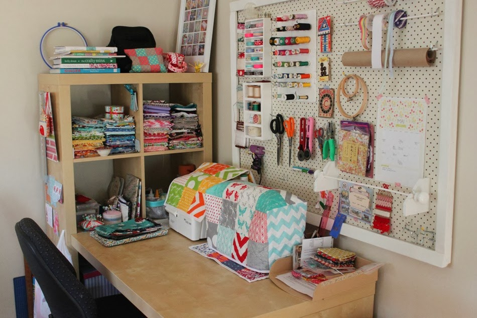 sewing-desk-area