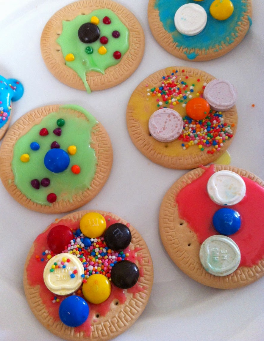 biscuit-decorating-2