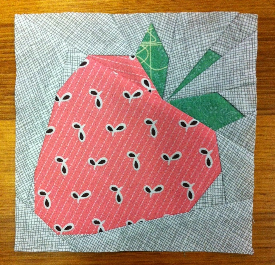 paper-pieced-strawberry