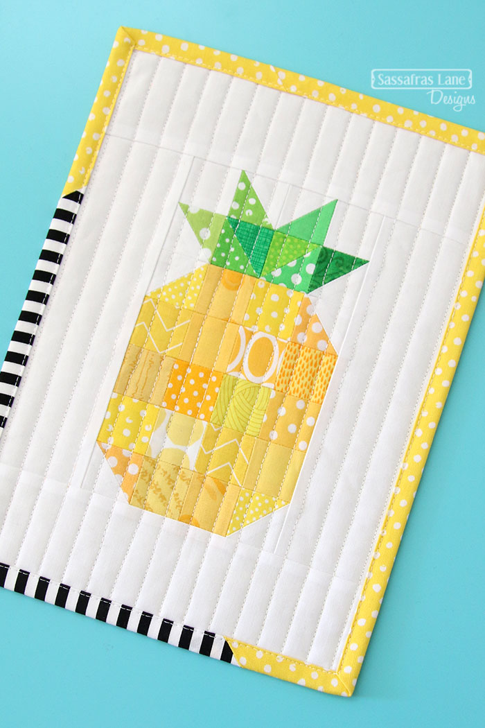 mini quilt pineapple