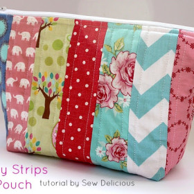 Scrappy Fabric Strip Zipper Pouch - Tutorial